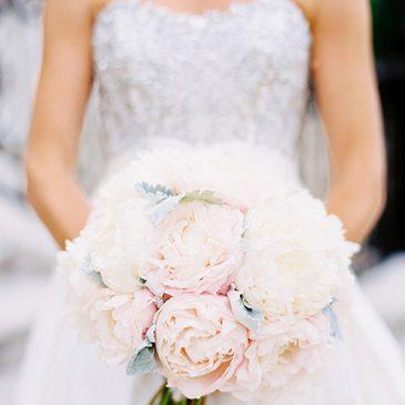 10_Avant-Gardenia-Jenna-Chicagoland-Florist-Wedding-Floral-Designer